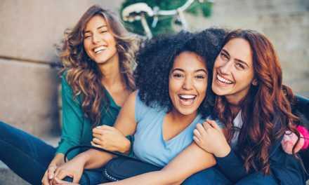 5 redes waarom elke vrou natuurlike hormonale hulpmiddels nodig het